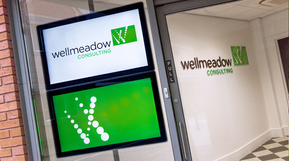 wellmeadow-displays-screens-and-sign